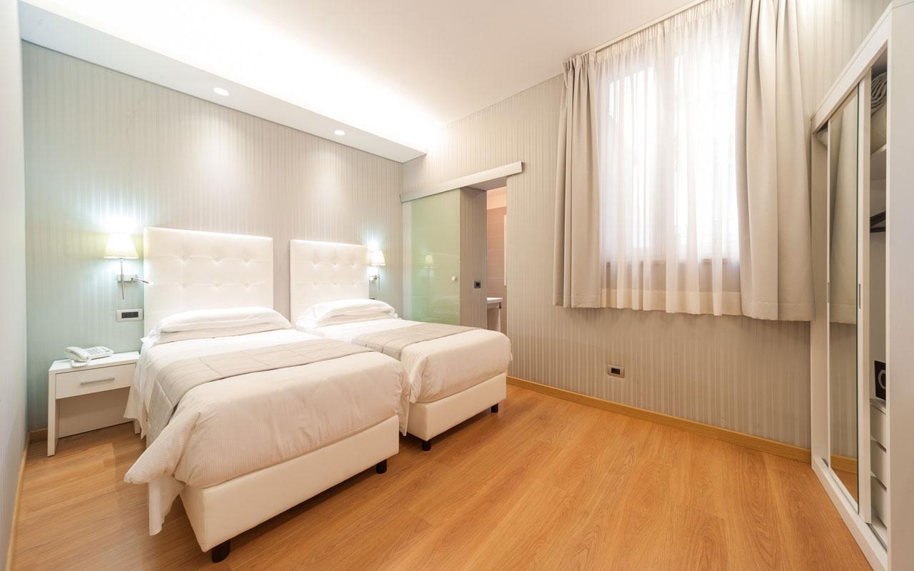 Trevi 41hotel Roma Habitaciones 3 Estrellas